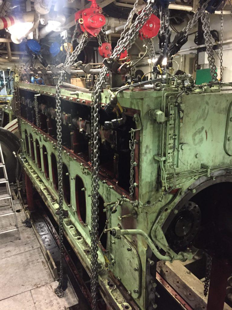 MaK 25 crankshaft and parts overhaul
